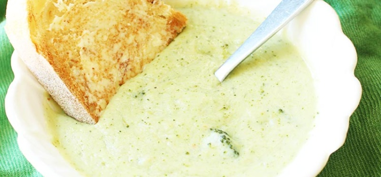 Thick and creamy vegan broccoli soup... without the cream. Safe for vegans, lactose-intolerants and calorie counters alike. And it's delicious too!