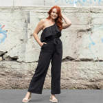One of the easiest ways to start living a greener life is to quit fast fashion - and start supporting sustainable clothing companies like Luna and Sun!
